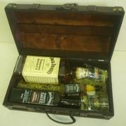 Dárková truhla Jack Daniels Honey 0,7l 35%