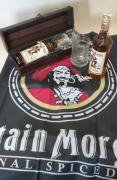 Capitan Morgan Spice 0,7l, korbel, vlajka