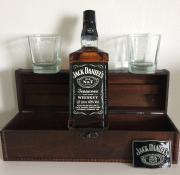Truhla Jack Daniels 0,7l + spona + 2 sklo